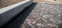 09_stampfmauer_beton_sitzbereiche_mauern